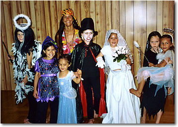 Hula Halloween 2005 Sharon's Class on Maui